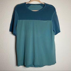 Men Lululemon Mesh Workout tshirt